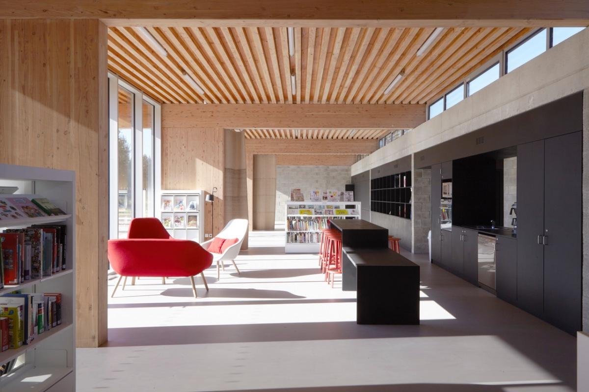 076_CAPPELLE-EN-PEVELE_mediathèque_interieur-2